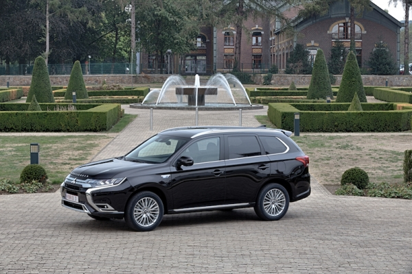 TEST: Mitsubishi Outlander PHEV MY19: (nog even) zonder concurrentie