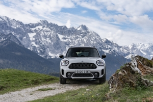 TEST: Mini Cooper S E Countryman All 4: Fake No More