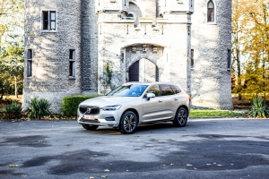 TEST: Volvo XC60 B4 AWD Mild Hybrid diesel, 8-traps Geartronic (video)