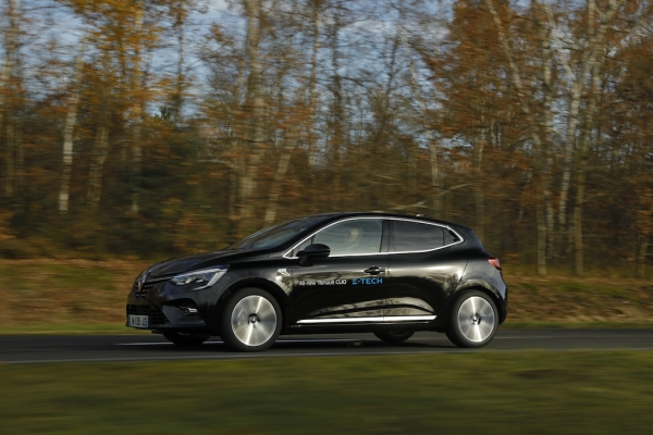 TEST: Renault Clio E-Tech: zen-hybride in zakformaat