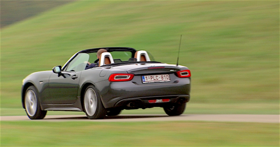test fiat 124 spider verleidelijk mooi. Black Bedroom Furniture Sets. Home Design Ideas